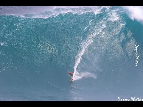 Big Wave Paddle Tow Ski Surfing Jaws Peahi Maui SONY 4K