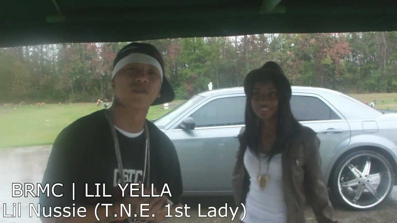 BRMC: Nussie's daughter Lil Nussie with Lil Yella @ the graveyard (T N E   1st Lady)