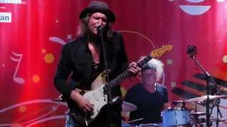Philip Sayce  BLUES AIN