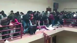 В Боливии трагедию в студенческом общежитии сняли на видео сразу несколько человек
