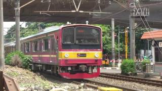 vuclip Kompilasi Perlintasan Kereta Api Indonesia Tersibuk #2 (Indonesia Railroad Crossing Train)