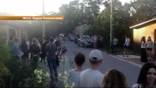 В Новороссийске едва не растерзали женщину, которая привязала собаку в машине