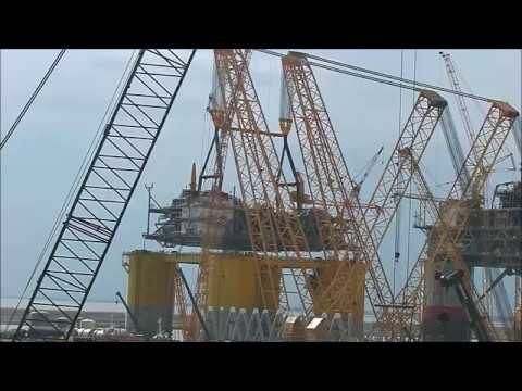Kiewit Offshore Services - Heavy Lifting Device in Action
