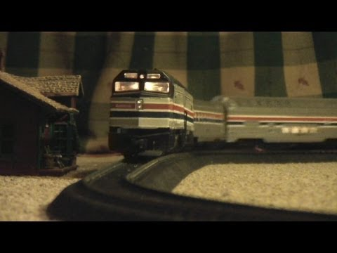 Life Like HO Scale Amtrak Model Railroad.