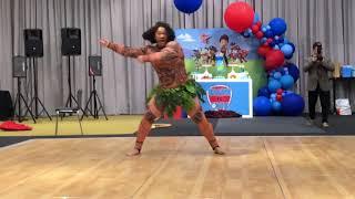 Dancing Maui Show