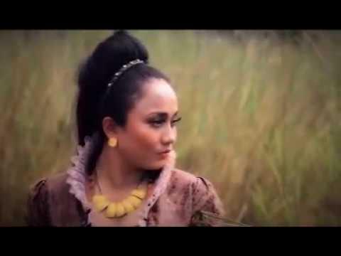 MONA LATUMAHINA - SU MENYATU (Official Music Video)