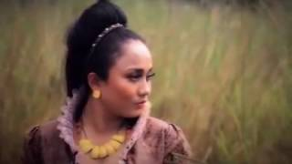 MONA LATUMAHINA - SU MENYATU (Official Music Video)