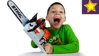 Игрушки для детей Бензопила Stihl Распаковка игрушки Kids chainsaw uboxing