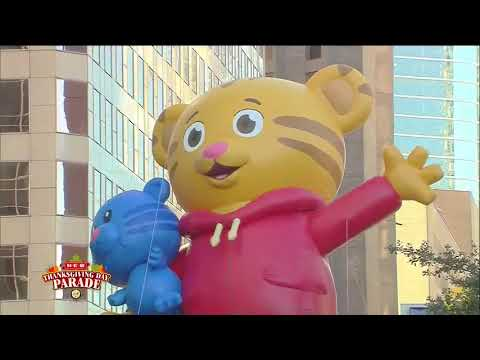 Watch the 68th Annual H-E-B Thanksgiving Day Parade in downt