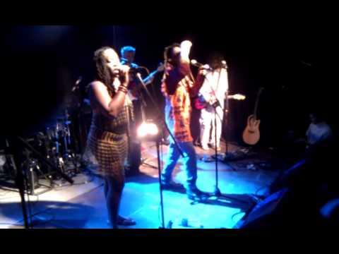 "Maiko Zulu, Sister D., A.Mamontovas ir V.Diawara -- ""No Woman No Cry"""