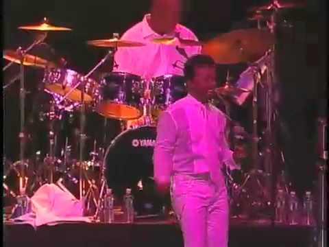 "Slash with Chic: ""Le Freak"" (live New York 2008)"
