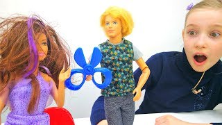 Кен выбирает профессии - Видео для детей с куклами