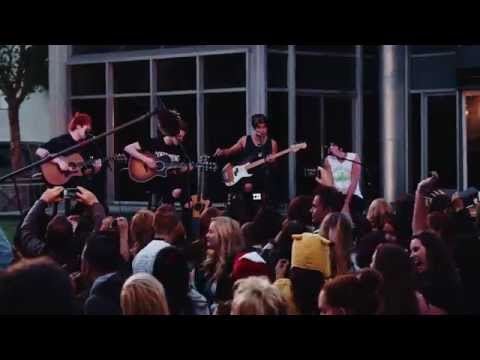 5 Seconds of Summer - Out Of My Limit (Live at Derp Con)