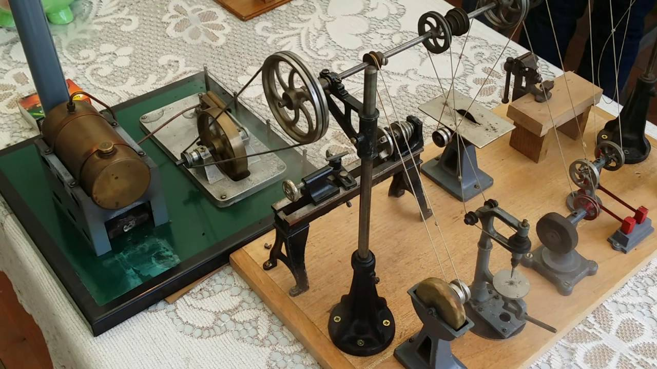 maquette d 39 atelier avec machine a vapeur youtube. Black Bedroom Furniture Sets. Home Design Ideas