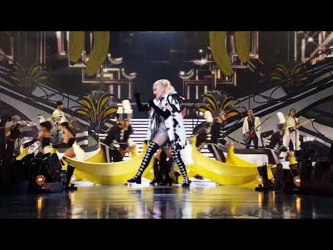 Gwen Stefani Just a Girl Las Vegas Show 62718