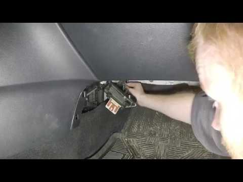 How to Replace Cabin Air Filter 2010 – 2013 Mazda 3