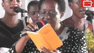 Tazama ni Njema sana - Tenzi Za Rohoni Zikiibwa Live MITO YA BARAKA CHURCH