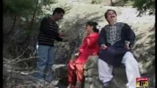 Shakeel awan hindko mahiya munafqan tu khuda bachaway hazar-e-wall.com