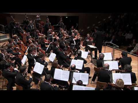 Shostakovich: Symphony No. 5 / Sado · Berliner Philharmoniker
