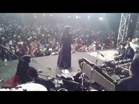 Cak nun & Kiai Kanjeng # Qosidah@Mbak Nia # Live POLINEMA 12 Oktober 2015