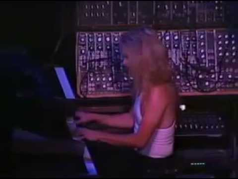 Giuffria - Call To The Heart (LIVE 85 - JAPON)