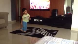 Video Little allu Arjun!:-) download MP3, 3GP, MP4, WEBM, AVI, FLV Juni 2018