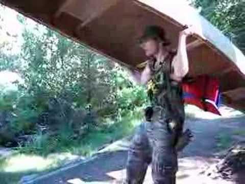 how to carry a canoe on a car