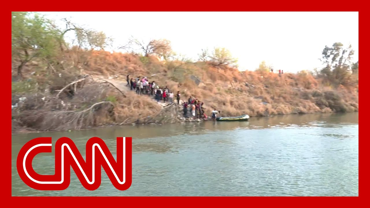 CNN witnesses dozens of migrants trying to cross Rio Grande