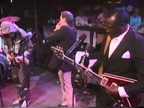 "BB King & Stevie Ray Vaughan ""The Sky Is Crying"""
