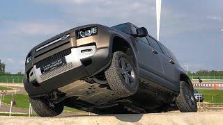 Новый Land Rover Defender на бездорожье 2020