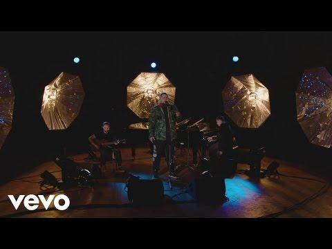 Rag'n'Bone Man - Human | BRITs 2017 Critics' Choice session