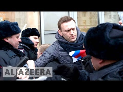 🇷🇺 Russia police arrest opposition leader amid protests