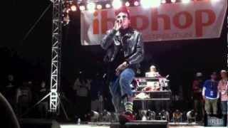whistle dixie yelawolf travis barker live at a3c hip hop festival the masquerade