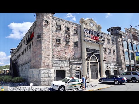 Alcatraz East Crime Museum in Pigeon Forge - Inside Tour and Attraction Walk Thru / OJ's Bronco