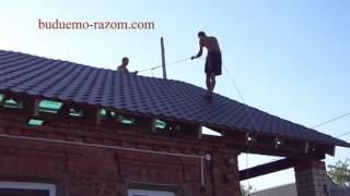 видео Конструкция двухскатной мансардной крыши: обзор особенностей + советы экспертов