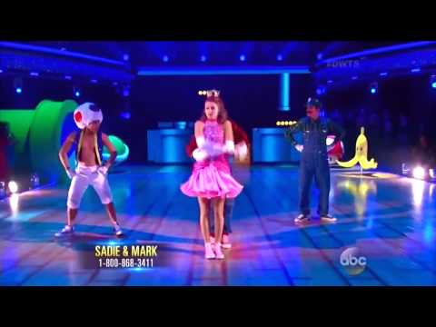 Super Mario Bros Coreografia  'Dancing With The Stars'
