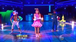 Super Mario Bros Coreografia  'Dancing With The Stars'