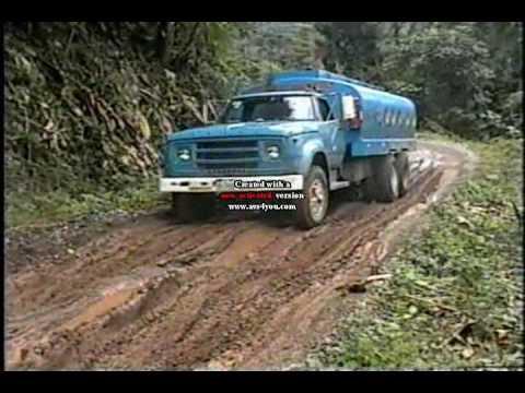 camiones en caminos extremos