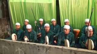 Pembacaan Rawi Simthudduror (team hadroh al