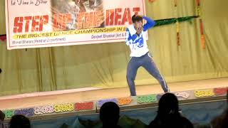 Wild dance style   Yeh Jism Hai To Kya  