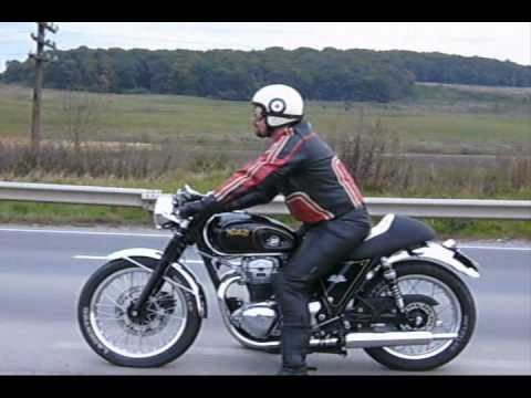 w650 cafe racer the sound of the ton youtube. Black Bedroom Furniture Sets. Home Design Ideas