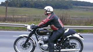 W650 Cafe racer - the sound of the Ton!