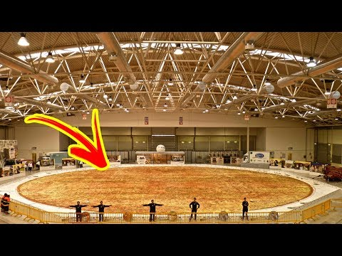 THE BIGGEST PIZZA In The World 🍕