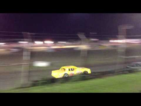 Superbowl Speedway Factory Stock Feature 5-27-17