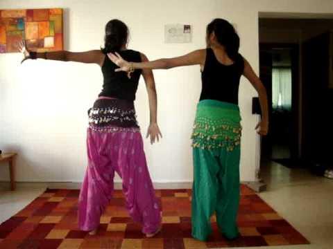 Gal Mitti Mitti Dance by Shruthi and Shivi.MPG