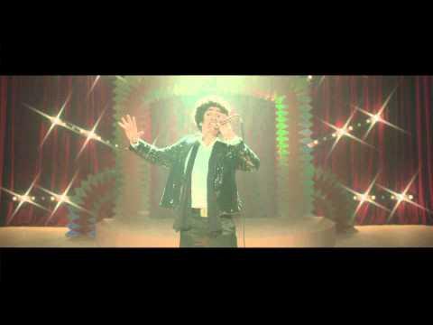 ntvg eligio al actor argentino favio posca para el video musical