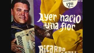 Ricardo Guzman Y Sus Tres Aces-Ayer Nacio Una Flor