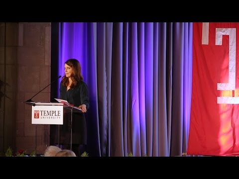 Tina Fey Receives 2016 Lew Klein Excellence in the Media Award
