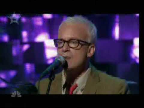 Fountains of Wayne - Strapped for Cash (Live on Conan)