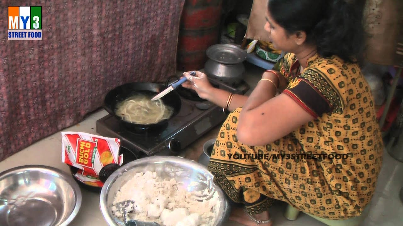 Home made traditional indian food murukulu street food youtube forumfinder Choice Image